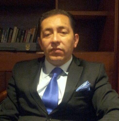 HECTOR OSWALDO TOSCANO GUTIERREZ - Diretor |Internacional do INeP  . CEO da Zigma International Consulting, no Equador.