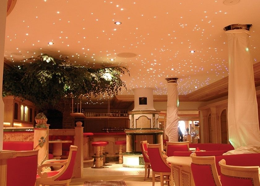 Céu estrelado em restaurante